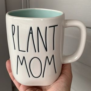 Rae Dunn Plant Mom brand new